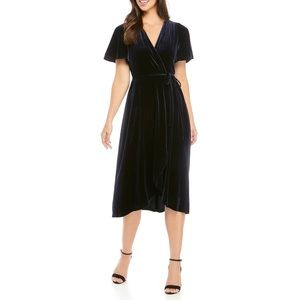 *HOST PICK* VINCE CAMUTO Velvet Midi Dress in Navy